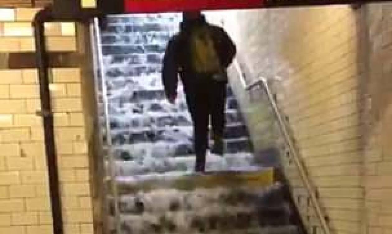 Καταρρακτώδεις βροχές στη Νέα Υόρκη - Πλημμύρισε το μετρό (vids)