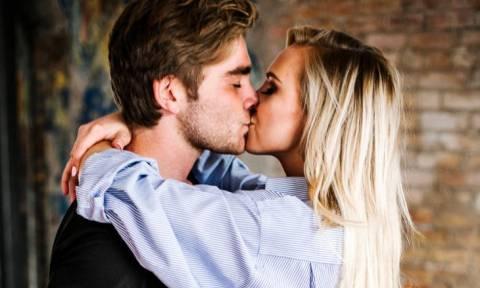 Ιδού το χαρακτηριστικό που θα κάνει τον σύντροφό σου να μη σε αλλάζει με καμιά