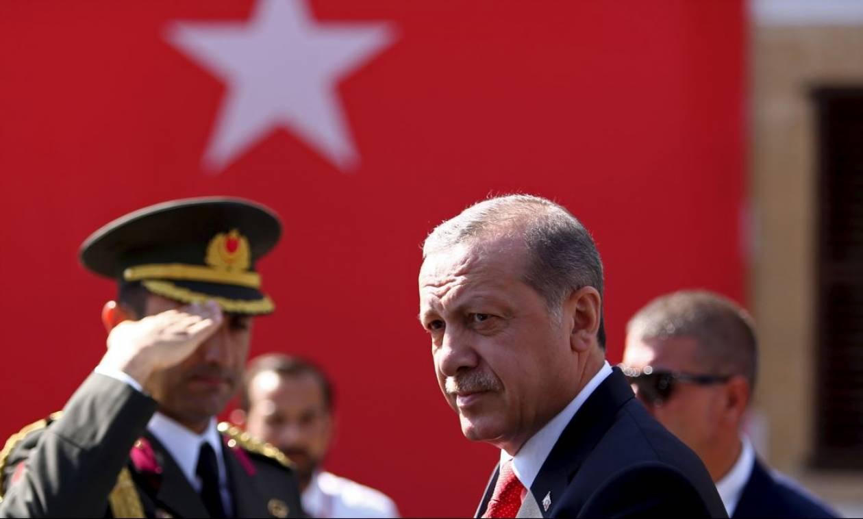 Ανασφάλεια και φόβος στην Τουρκία: Γιατί ο Ερντογάν προκήρυξε πρόωρες εκλογές (Vid)
