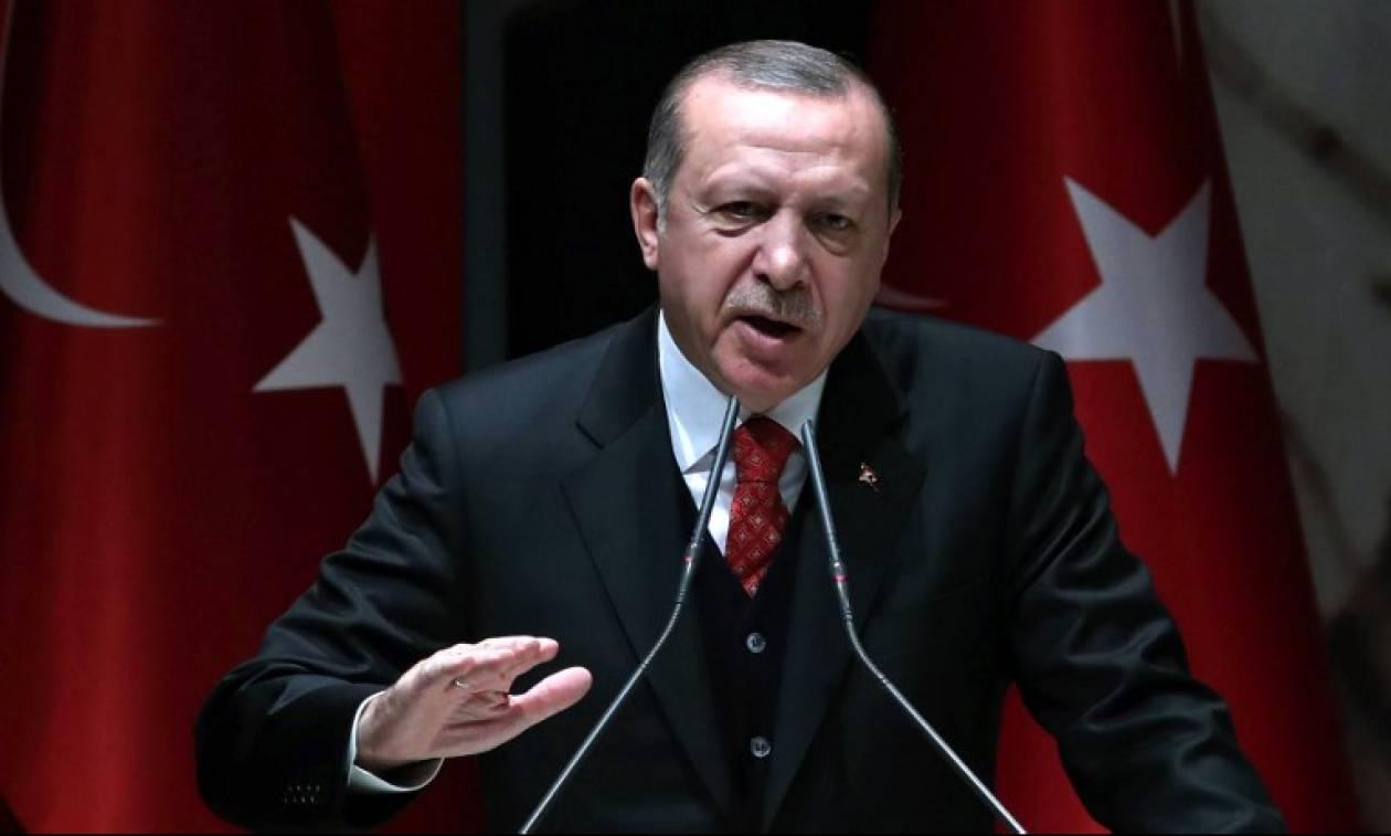 Τουρκία: Νέα «παράνοια» Ερντογάν – Απολύει ακόμη τρεις χιλιάδες στρατιωτικούς ως Γκιουλενιστές