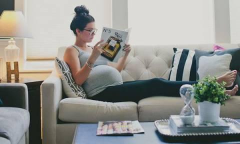 Εγκυμοσύνη: Πώς θα ανακουφιστείτε από τους πόνους στη μέση