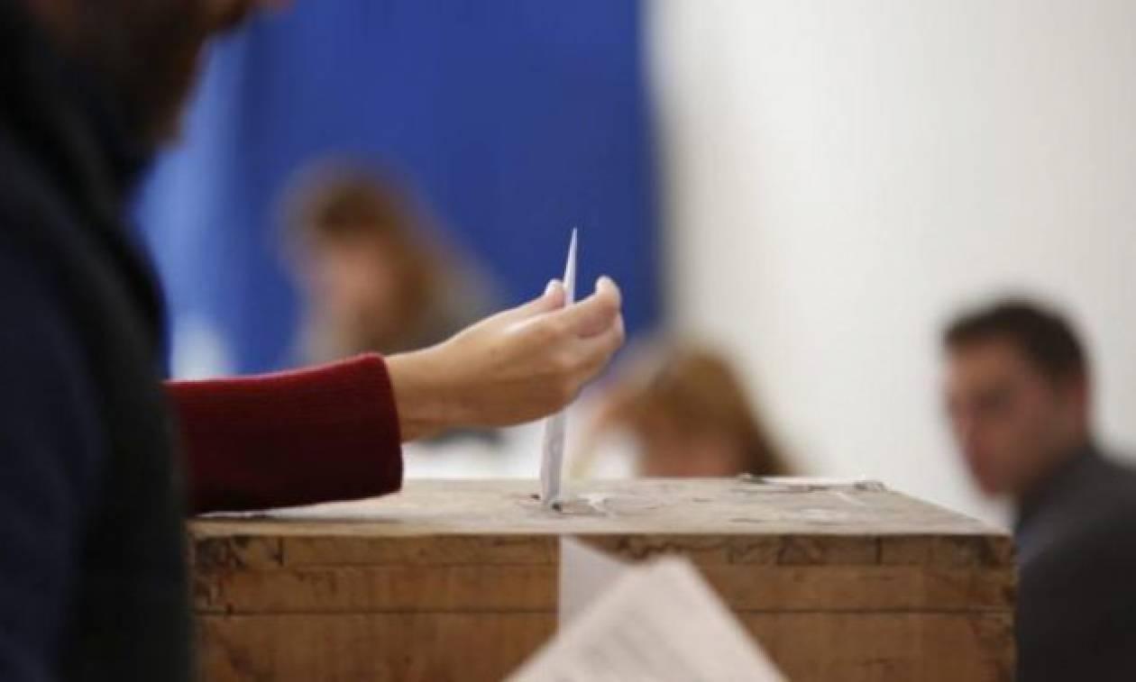 Νέα δημοσκόπηση: Κλείνει κι άλλο η «ψαλίδα» ΣΥΡΙΖΑ - ΝΔ