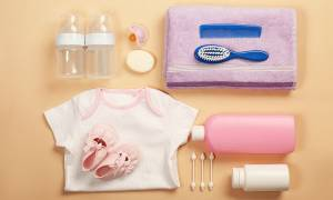 Όλα όσα πρέπει να περιέχει το νεσεσέρ του μωρού (pics)