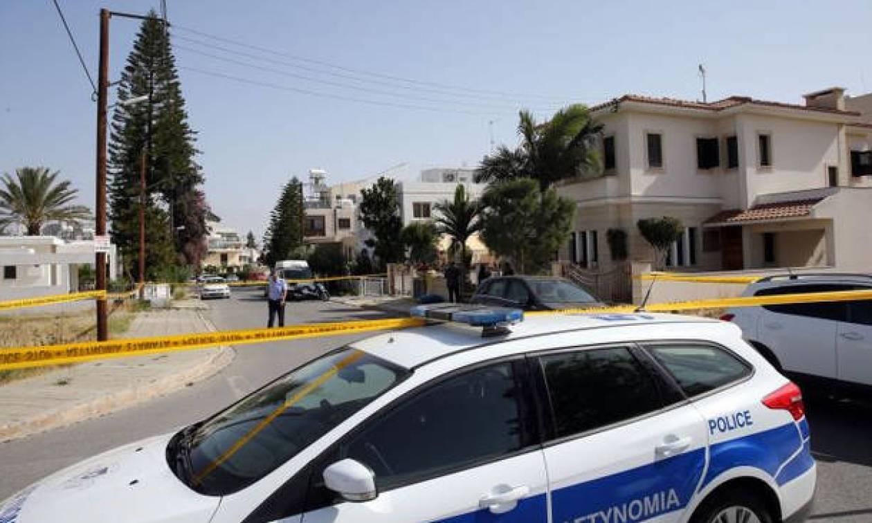 Διπλό φονικό στην Κύπρο: Γιατί δεν έχει καταθέσει ακόμα ο 15χρονος γιος - Τι ζητά η ιατροδικαστής