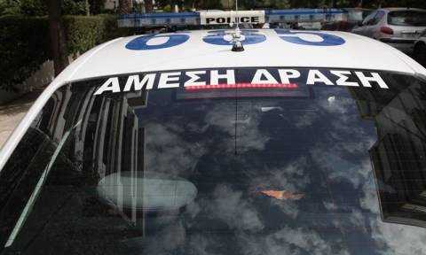 Άγιος Παντελεήμονας: Επίθεση με μαχαίρι και οξύ σε αστυνομικούς