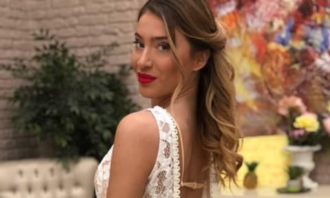 Power of love: Αυτό είναι το διαβατήριo της Αθηνάς - Άλλαξε την ηλικία της στο instagram