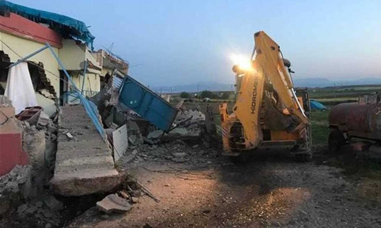 Τουρκία: Εικόνες καταστροφής μετά το σεισμό των 5,2 Ρίκτερ - Τους 39 έφτασαν οι τραυματίες (vid+pic)