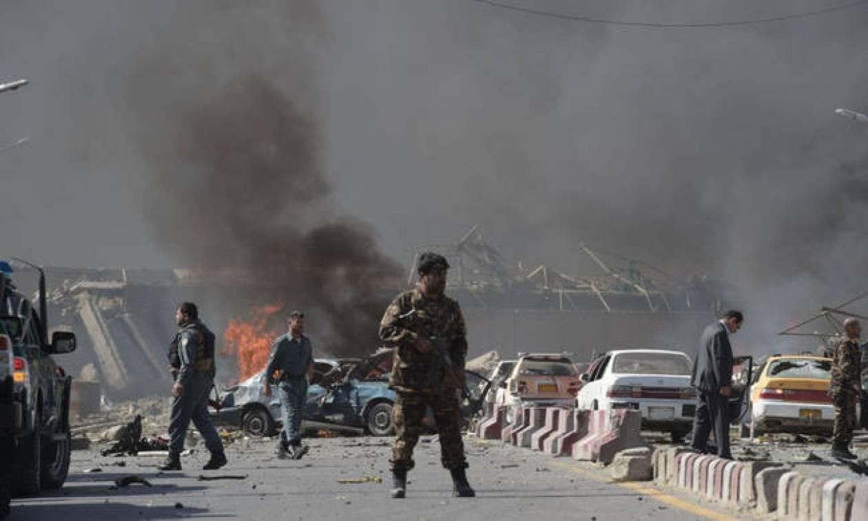 Ο τρόμος επέστρεψε στο Αφγανιστάν: Ισχυρή έκρηξη στο κέντρο της Καμπούλ