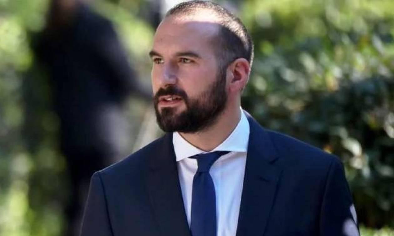 Τζανακόπουλος: Ο Γιούνκερ στηρίζει την προσπάθεια για «καθαρή έξοδο»