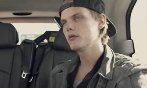Avicii: Σοκαριστικό βίντεο! Δεν μπορούσε να κρατήσει τα μάτια του ανοιχτά