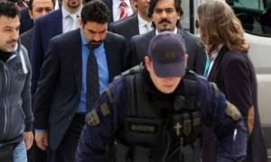 Ελεύθερος «πολιορκημένος» ο Τούρκος στρατιωτικός- Θα τον φρουρούν 90 αστυνομικοί