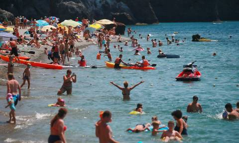 Эксперты: отдых в новом курортном сезоне в Крыму не подорожает