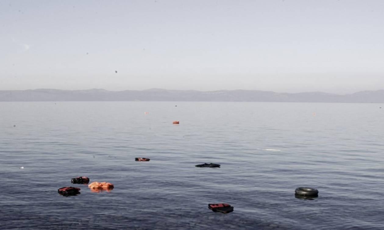 Νέα τραγωδία: Τουλάχιστον 15 μετανάστες νεκροί μετά τη βύθιση πλοιαρίου