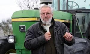 Σοβαρό ατύχημα για τον αγροτοσυνδικαλιστή Βαγγέλη Μπούτα - Τον καταπλάκωσε το τρακτέρ του