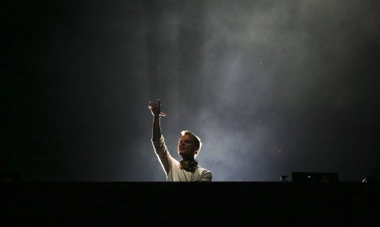 Avicii: Αποκάλυψη ΣΟΚ για το θάνατο του διάσημου DJ - Aυτοκτόνησε με ένα σπασμένο μπουκάλι
