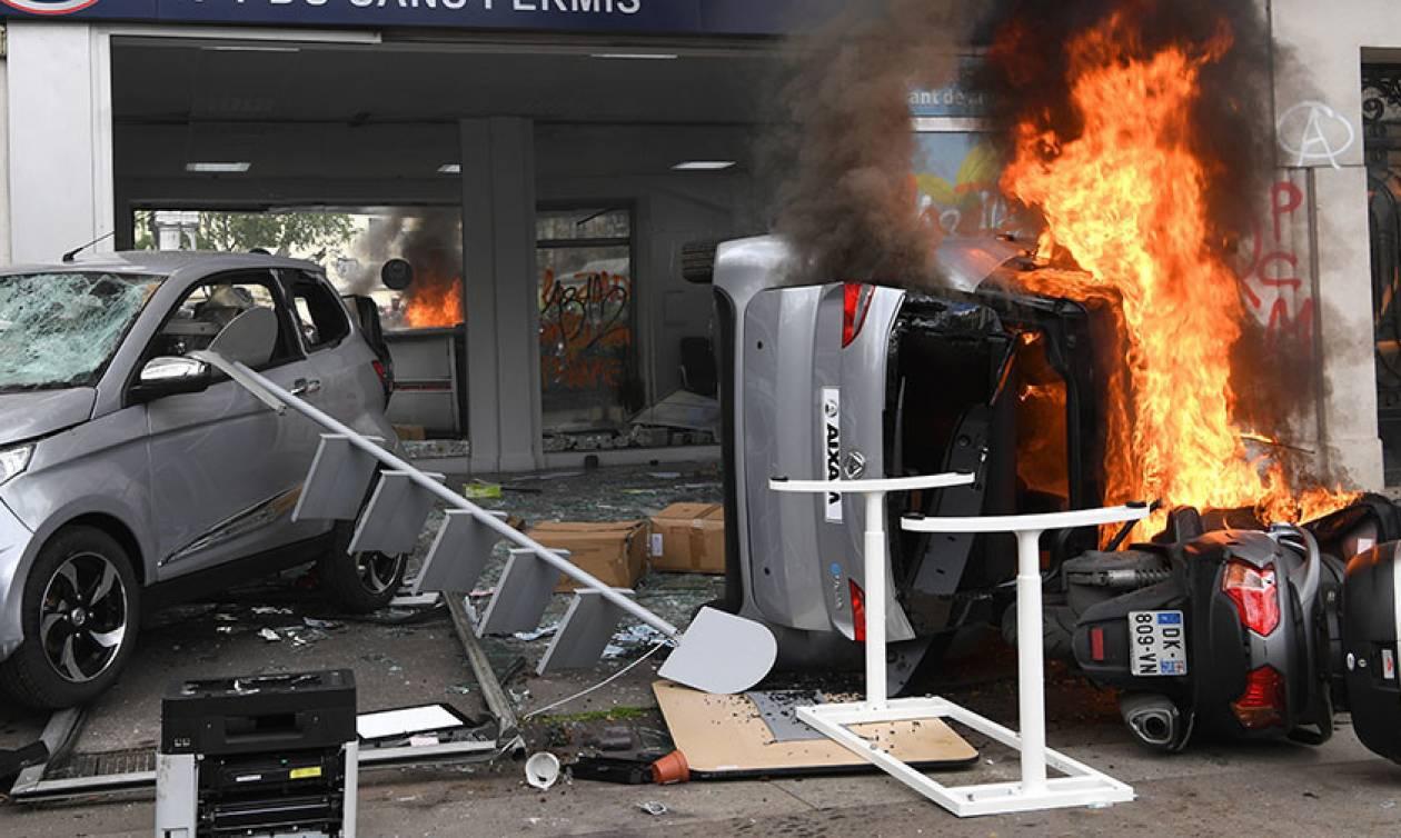 Πρωτομαγιά Γαλλία: Βίαια επεισόδια ξέσπασαν στο Παρίσι – Δείτε βίντεο και φωτογραφίες
