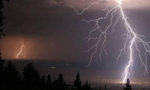 Καιρός - Έκτακτο δελτίο επιδείνωσης: Καταιγίδες και χαλαζοπτώσεις θα σαρώσουν τη χώρα (pics)
