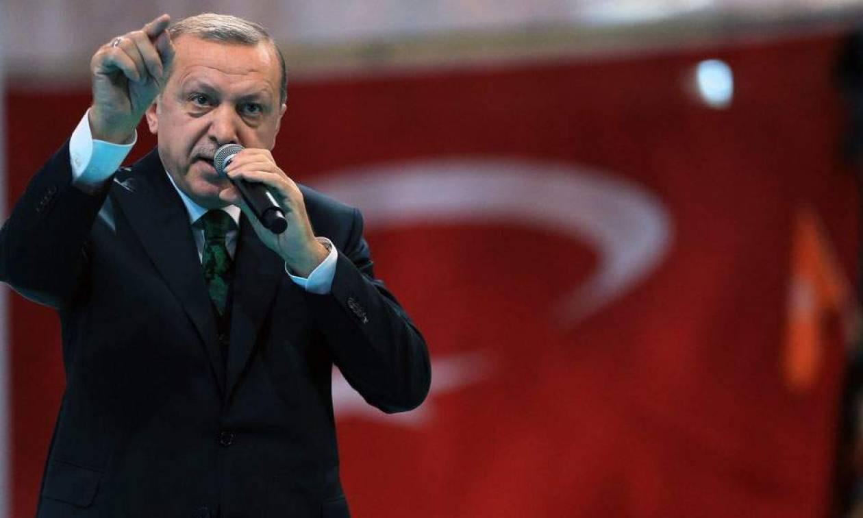 Προεκλογικός μποναμάς Ερντογάν: Δίνει από 400 ευρώ σε κάθε συνταξιούχο
