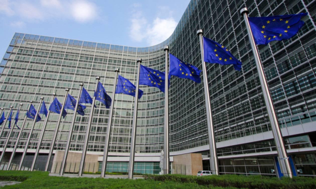 Κομισιόν: Χαμηλώνει τον πήχη της ανάπτυξης για την Ελλάδα