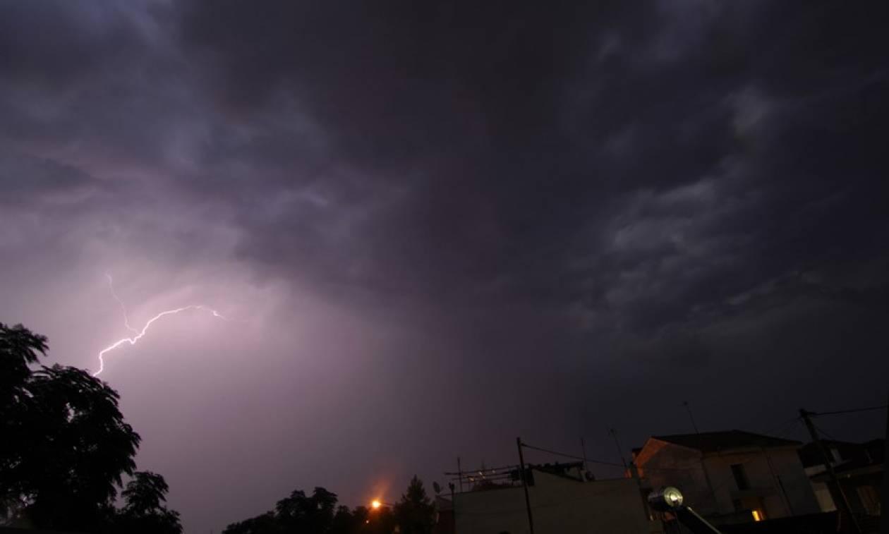 Έκτακτο δελτίο επιδείνωσης καιρού: Έρχονται καταιγίδες και χαλάζι - Πού θα «χτυπήσουν» τα φαινόμενα