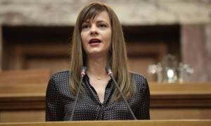 Αχτσιόγλου: Επανέρχονται οι συλλογικές συμβάσεις εργασίας