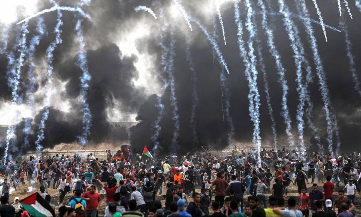 Οργή στη Γάζα: Ισραηλινοί στρατιώτες πυροβολούν Παλαιστινίους στο «ψαχνό» - Εκατοντάδες τραυματίες