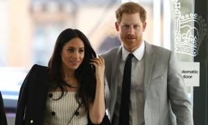Πριγκιπικός γάμος: Δε θα πιστεύετε πόσο κοστίζει το νυφικό της Μέγκαν Μαρκλ (Pics)