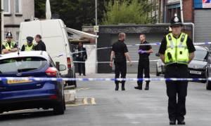 Σοκ στη Βρετανία: Νεκρός 17χρονος από πυροβολισμούς μέρα μεσημέρι στο Λονδίνο