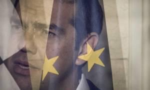 Telegraph: «Η Ελλάδα δραπετεύει από μία οικονομική τραγωδία»