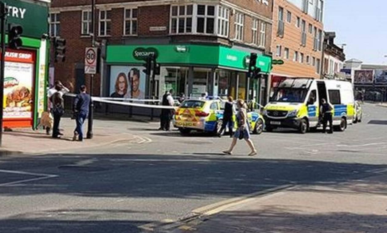 Έχει «ξεφύγει» η κατάσταση στο Λονδίνο: Πυροβόλησαν παιδιά 12 και 15 ετών μέρα μεσημέρι