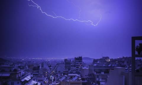 Έκτακτο δελτίο επιδείνωσης καιρού: Δευτέρα με καταιγίδες και χαλαζοπτώσεις σε όλη τη χώρα (pics)