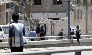 Μακελειό στην Υεμένη: Βομβάρδισαν το προεδρικό μέγαρο - Τουλάχιστον έξι νεκροί (pics)