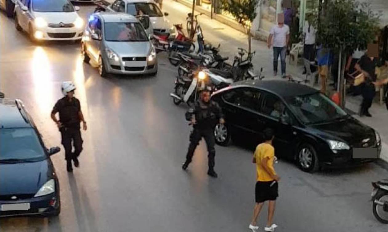 Φωτογραφίες - σοκ: Αιγύπτιος μαχαιρώνει αστυνομικό στην Καλαμάτα!