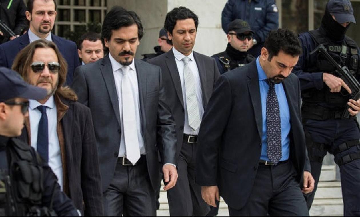 Αναστολή της απόφασης για άσυλο στον δεύτερο Τούρκο ζητά η κυβέρνηση