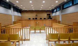 Λαμία: Στο εδώλιο ξανά σύζυγος και εραστής για τη δολοφονία 45χρονου