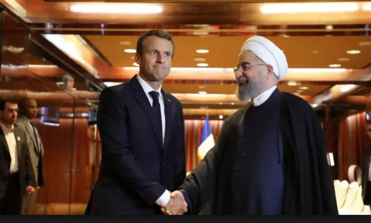 Ιράν: Κόντρα στον Τραμπ, ο Μακρόν πήρε τηλέφωνο τον Ροχάνι