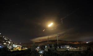 Πόλεμος στη Μέση Ανατολή: Ιρανικές ρουκέτες κατά Ισραήλ - Αντεπίθεση με βόμβες κατά της Συρίας