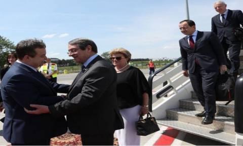 Никос Анастасиадис проводит визит в Сербию