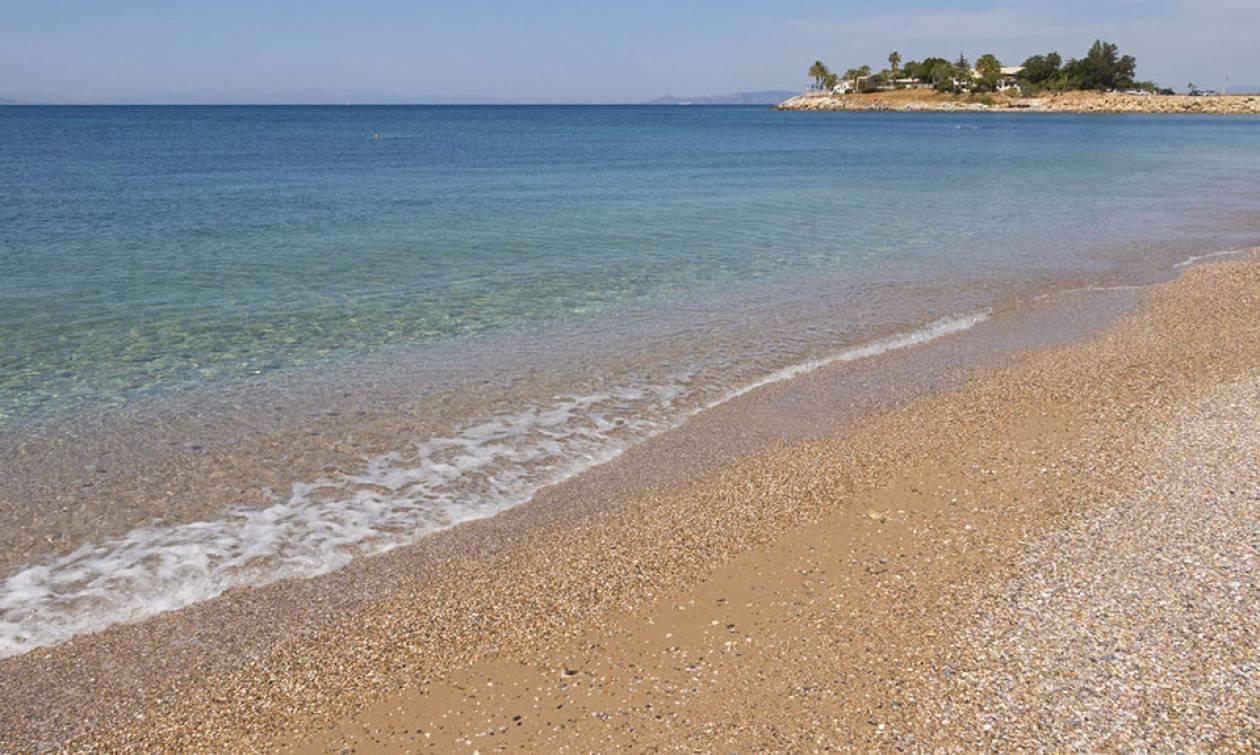 Αυτές είναι οι καθαρές και ασφαλείς παραλίες της Αττικής για το 2018 (ΛΙΣΤΑ)