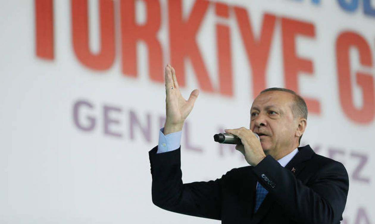Απίστευτη πρόκληση Ερντογάν: «Η Ελλάδα είναι μια χρεοκοπημένη και τελειωμένη χώρα»