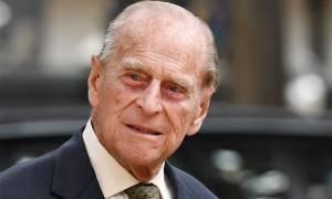 Βρετανία: Ο 96χρονος πρίγκιπας Φίλιππος εμφανίστηκε οδηγώντας σε ιππική επίδειξη