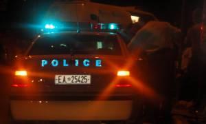 Παραλίγο τραγωδία στη Χαλκίδα: Αυτοκίνητο έπεσε σε καρότσι με παιδί (vid)