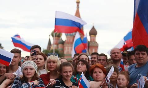 В июне россиян ожидают рабочая суббота и трехдневные выходные