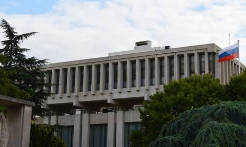Посольство РФ запросило у Франции данные о гражданстве напавшего на прохожих в Париже