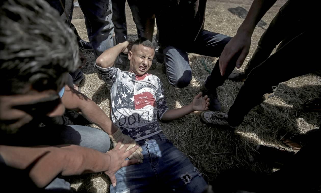 «Μετράνε» νεκρούς στη Γάζα και η Μέι ζητά «αυτοσυγκράτηση» από όλες τις πλευρές (Vid)