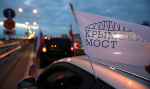 Автодорожная часть Крымского моста открылась для движения автомобилей
