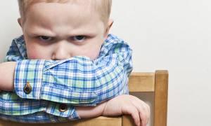 Πώς να χειριστείτε τις μεταπτώσεις διάθεσης ενός 2χρονου παιδιού