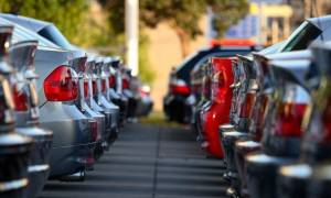 Τιμές - σοκ: Αυτοκίνητα στο «σφυρί» από 150 ευρώ!