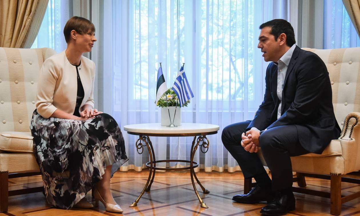 Το tweet του Τσίπρα για τη συνάντηση με την Πρόεδρο της Εσθονίας