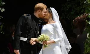 Crash test: Το φιλί του Harry με την Meghan